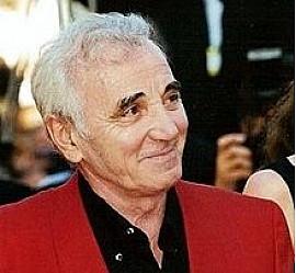 Charles Aznavour, l'une des plus belles plumes et l'une des voix les plus émouvantes de la chanson française, nous a quitté aujourd'hui.